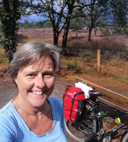 Laura met fiets